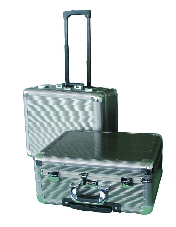铝合金拉杆箱24